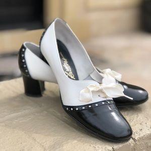 Adorbs!! Cutest vintage shoes ever! Sz 7